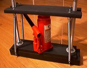 A Simple Hydraulic Press